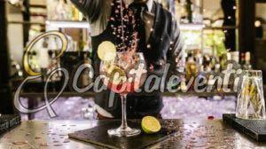 Festeggiare 18 anni Organizzando un Cocktail Party