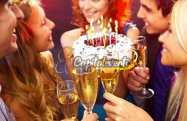 Organizzare Una Festa Con Pochi Amici Per i 18 Anni