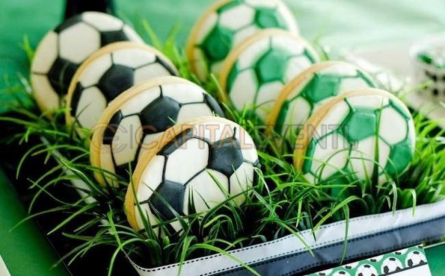 Festa a tema calcio per i 18 anni di un ragazzo