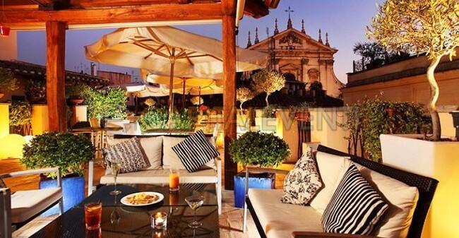 La-Terrazza-del-Cesari-Hotel-Cesari-Roma-770×400